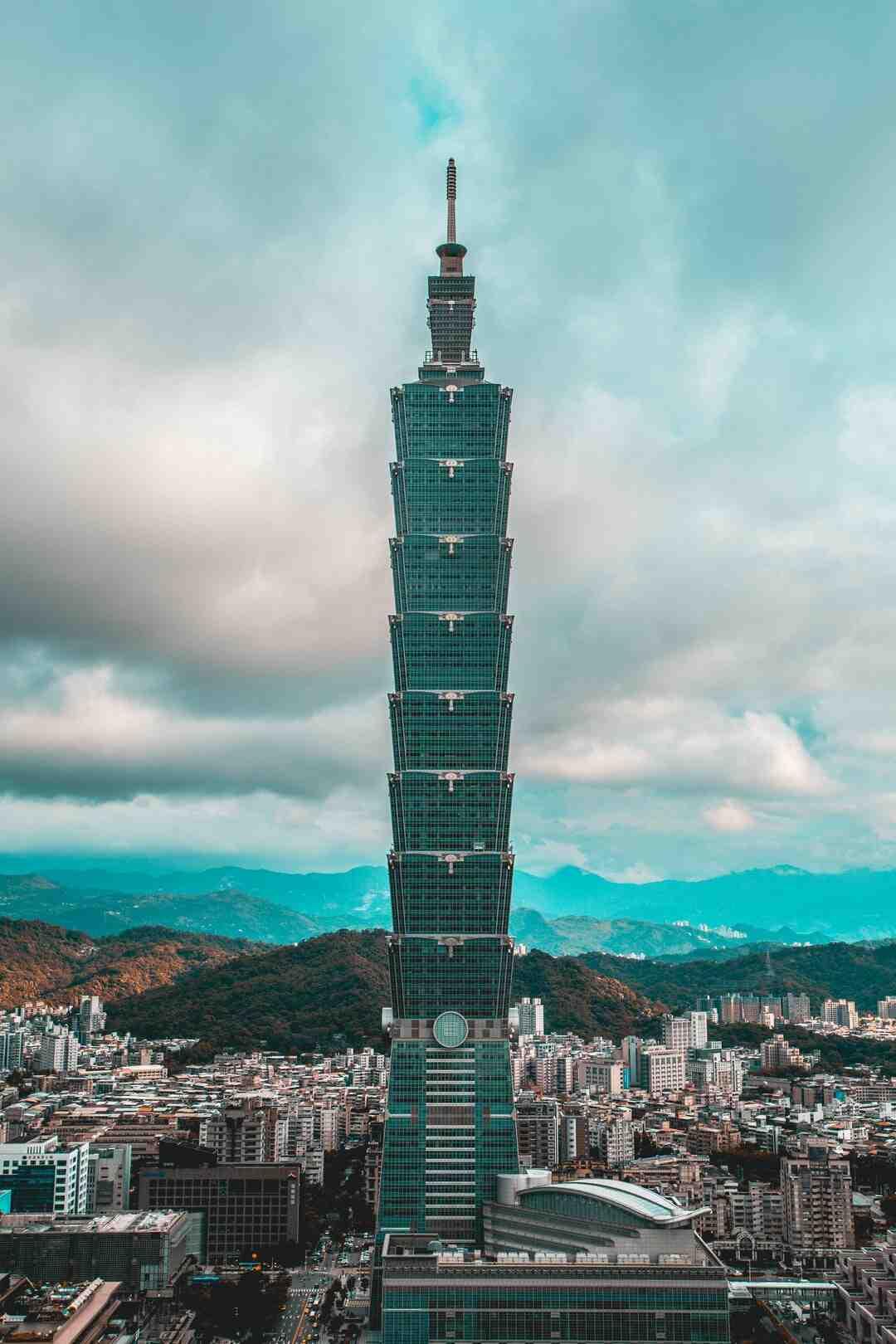 Is Taiwan cheaper than Thailand?