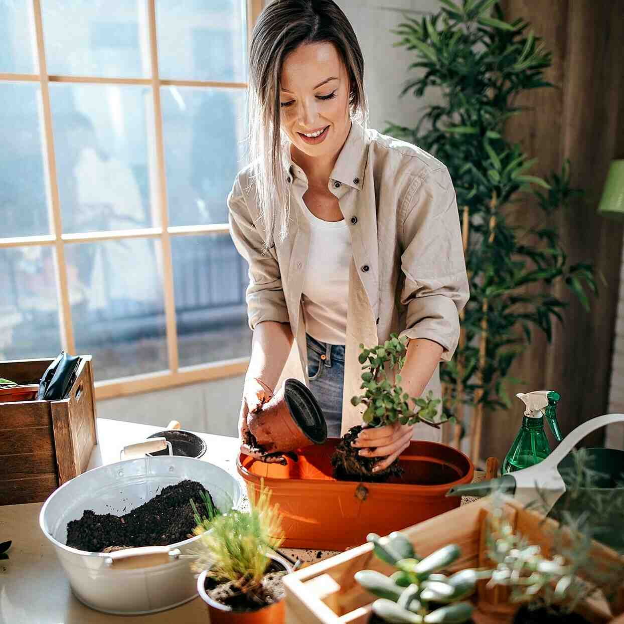 What is the disadvantages of gardening?