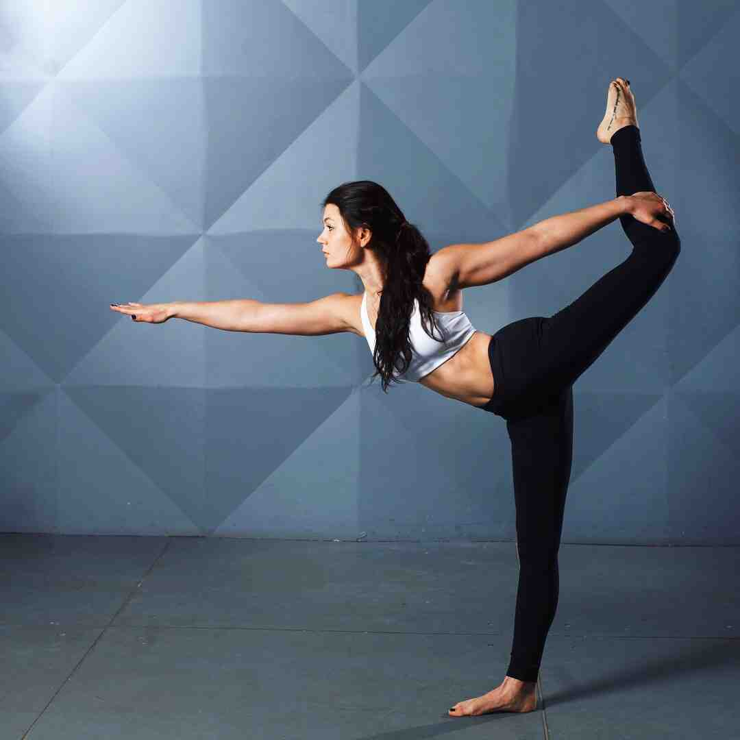 Can yoga tone your stomach?